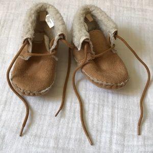 Baby Gap booties